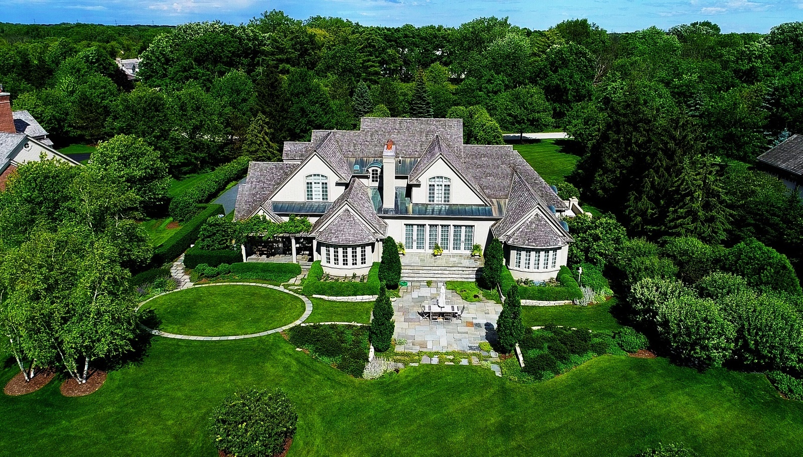 Glamorous Lake Forest Estate